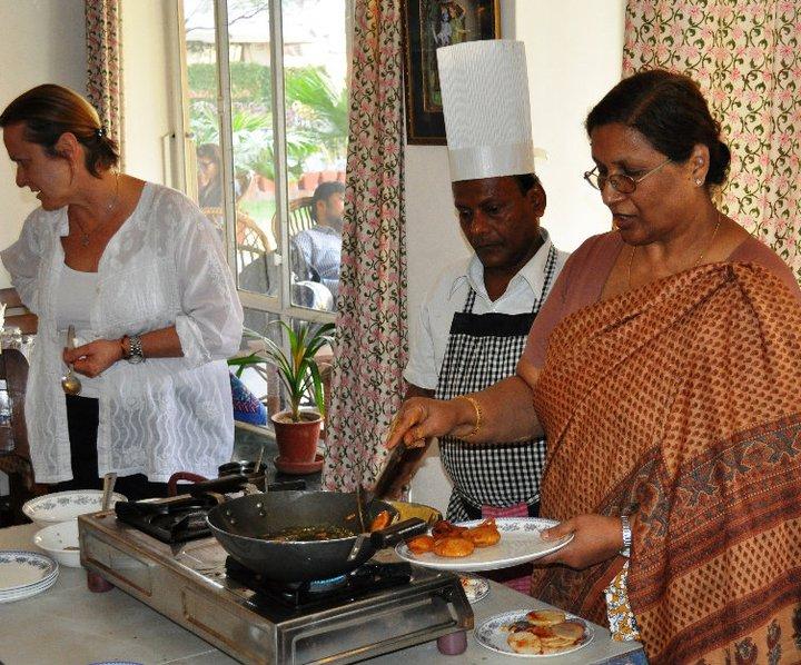 chitra cafe in jaipur rajasthan tourism beat. Black Bedroom Furniture Sets. Home Design Ideas